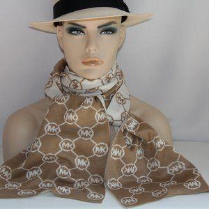Michael Kors Logo Honeycomb Acrylic Knit Reversibl